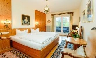 Doppelzimmer, Kategorie A mit Balkon in Stoll's Hotel Alpina in Schönau am Königssee