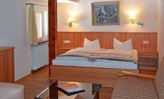 Familienzimmer, Kategorie Standard in Stoll's Hotel Alpina in Schönau am Königssee / Berchtesgadenmmer Standard