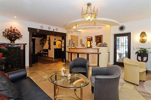 Lobby   Stollu0027s Hotel Alpina