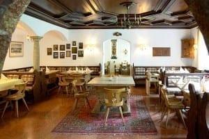 Der Bayrische Raum im Restaurant von Stol's Hotel Alpina in Berchtesgaden / Schönau am Königssee