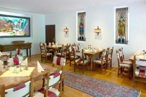 Der Spanische Raum im Restaurant von Stoll's Hotel Alpina in Berchtesgaden / Schönau am Königssee