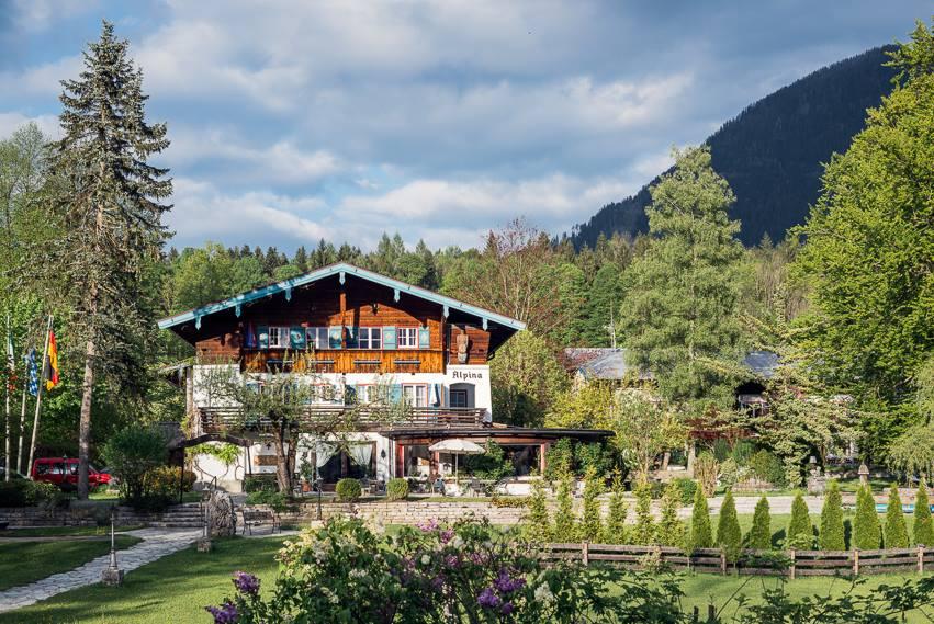 Das Stoll's Hotel Alpina in der Totale